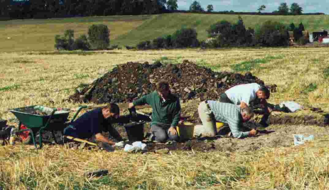 Association of Roman Archaeology diggers